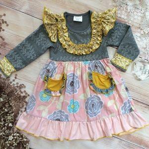 🦋SALE🦋Girls Lace & Ruffle Dress